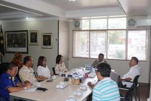 Wali Kota Tomohon Jimmy F Eman SE Ak memaparkan rencana kegiatan kepada Kapolda Sulut