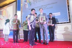 Wawali Mor Bastiaan Hadiri Pembukaan Seminar Dokter Gigi Internasional