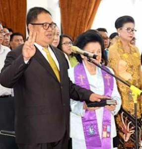 Dilantik Bupati Minsel, Denny Kaawoan Resmi Jabat Sekertaris Daerah