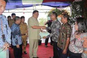 Pertama di Indonesia, 515 Warga Mangkit Terima Sertifikat Tanah Eks HGU