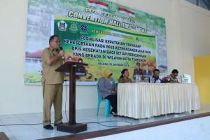 Sekretaris Kota Ir Harold V Lolowang MSc MTh membawakan sambutan wali kota