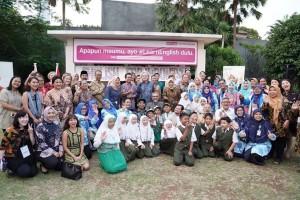 Peserta kegiatan Launching English For Indonesia