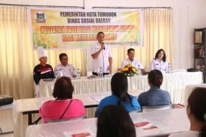 Wali Kota Tomohon Jimmy F Eman SE Ak memberkan sambutan