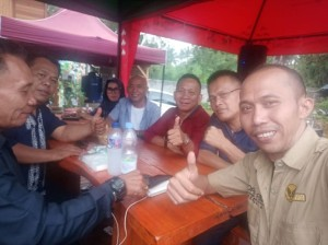 Wartawan Medan bersama Wartawan Tomohon di Valentine Hill