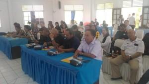 Pimpinan Parpol dan staf sekretariat sebagai peserta soaialisasi