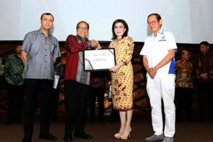 Kabupaten Minsel Terima Penghargaan Natamukti
