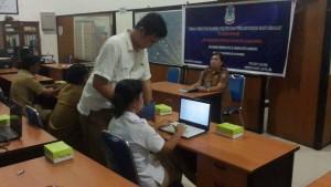 Kesbangpol Kota Manado, Pelatihan Pengoperasian Komputer, Kabid Kesbang ,Meiske Conny Lantu,