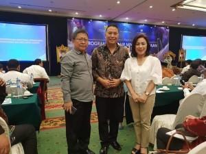 Ketua  DPRD Kota Tomohon, Wali Kota Tomohon dan Direktur PDAM Kota Tomohon
