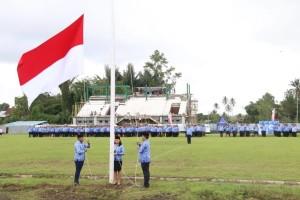 Penaikan bendera di Apel HUT ke-47 Korpri