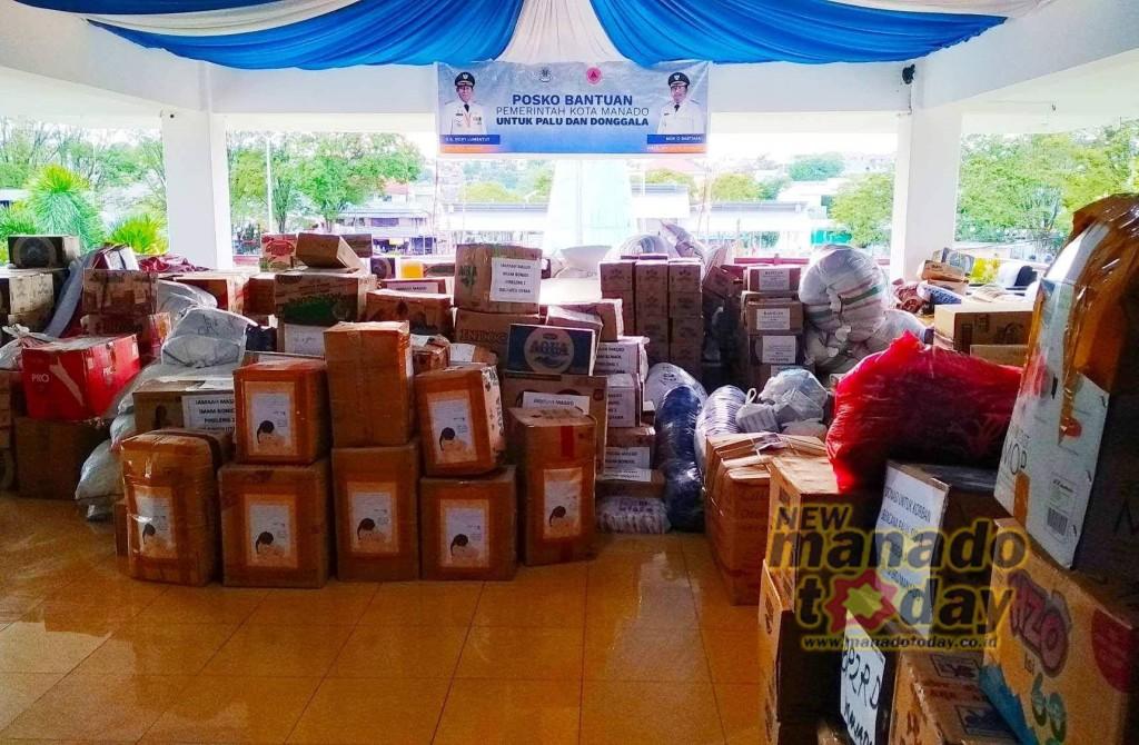 Bantuan yang saat ini sudah terkumpul di posko bantuan milik Pemkot Manado