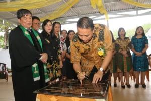 Wali Kota Tomohon Resmikan Gedung Pastori 2 GMIM ''Damai'' Lahendong