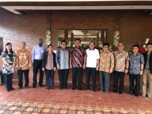Bahas Perizinan Kapal dengan Tim Satgas 115, Olly: Pemprov Sulut Siap Dukung Kebijakan KKP, Tapi….