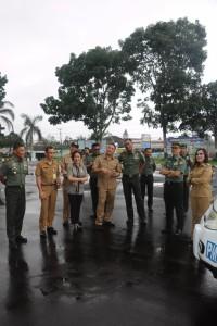 Irjenad bersama Wali Kota, Ketua DPRD, wakil wali Kota dan pejabat lainnya saat  melakukan peninjauan