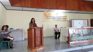 Maria Pijoh ST saat mlakukan sosialisasi