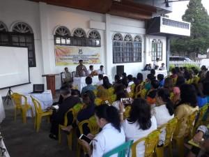 Sosialisasi Perda tentang Pengendalian dan Penanggulangan Penyakir Rabies di Kelurahan Wailan oleh Frets Keles ST