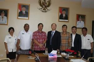 Temui Wagub Kandouw, Investor China Bahas Pengelolaan Sampah Daur Ulang di Sulut