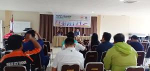Ketua Harian KOINI Tomohon Donald Wengki Goni memimpin rapat awal
