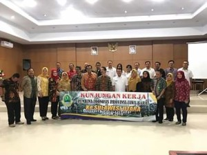 program Pengendalian Penyakit Menular ,Komisi Zoonosis, Jawa Barat, Drs. Hj. Sonny S. Adisudarma