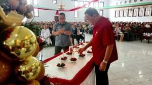 ROR-RD Serahkan Bantuan untuk 44 Gereja dan 2 Panti Asuhan di Minahasa