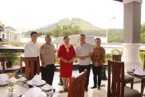 Wali Kota Tomohon dan manajemen Grand Master Resort
