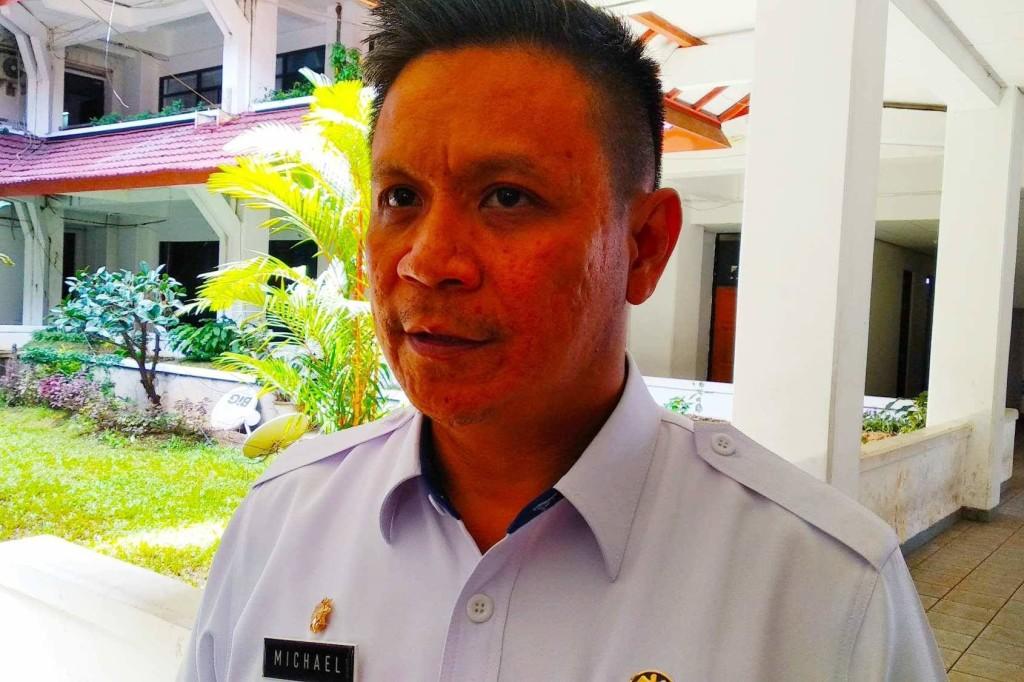 Dishub Kota Manado, Michael Tandirerung, parkir liar manado,