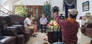 Media Korea Wawancarai Lomban Soal Sampah
