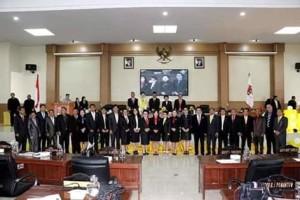 Peringati HUT ke-16 Kabupaten Minsel, DPRD Laksanakan Rapat Paripurna Istimewa2