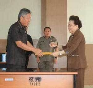 DPRD Minsel , Jenny Johan Tumbuan ,Wakil Bupati Minsel, Frangky Donny Wongkar