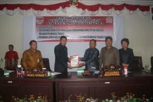 Hadiri Rapat Paripurna DPRD Mitra, Wabup Legi: Aspirasi Masyarakat Jadi Prioritas