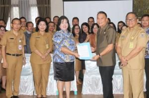 Wali Kota Tomohon menerima  hasil penilaian  Ombudsman