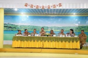 Wali Kota Tomohon memimpin Rapat Kerja Perdana tahun 2019