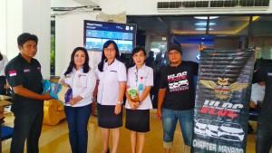 Vios Limo Owner Community Chapter Manado Salurkan Bantuan Untuk Korban Banjir Manado