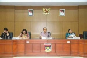 ROR Minta Pejabat Tidak Keluar Daerah Selama Pemeriksaan BPK