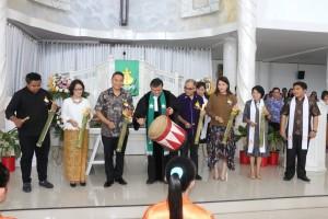 Pembukaan Kegiatan Workhsop Penyusunan Modul Pembinaan Kader dan Temu Pembina Remaja Persekutuan Gereja-gereja di Indonesia