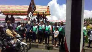 Ketua P/KB GMIm ''Imanuel'' Walian Pnt Ir Stefanus BAN Liow MAP melepas peserta Rally Wisata Motor ''Baron Tomohon''