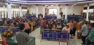 Tokoh masyarakat dan tokoh agama yang hadir  di Dengar Pendapat Masyarakat