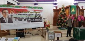 Senator Ir  SBANL MAP saat Dengar Pendapat Masyarakat di Pakuure Tenga Minahasa Selatan