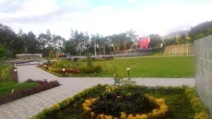 Taman Kabasaran yang terletak di kompelks Mal Pelayanan Publik Kota Tomohon