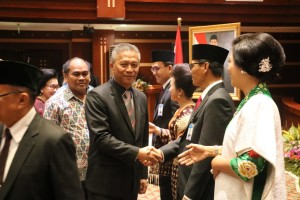 Asisten Perekonomian mewakili Wali Kota Tomohon Jimmy F Eman SE Ak di Sertijab Kepala BI Perwakilan Sulut