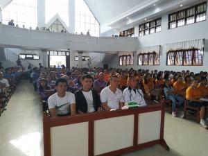 Wali Kota Tomohon Jimmy F Eman SE Ak, diapit Christo Bless Eman SE, Andrikus Wuwung SSos