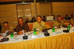 Wali Kota Tomohon bersama pemerintah daerah lainnya pemegang saham di Bank Sulutgo
