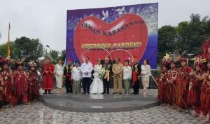 Pemkot Tomohon menyiapkan Taman Kabasaran,untuk mereka yang ingin dicatat pernikahannya di sana