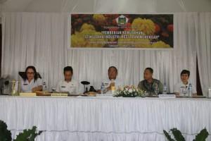 SEkretaris Kota Ir Harold V Lolowang MSc MTh saat membuka kegiatan