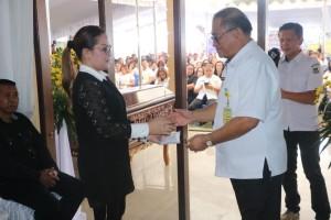Pemkot Tomohon Gelar Ibadah Penghiburan Atas Meninggalnya Ibunda Wakil Wali Kota