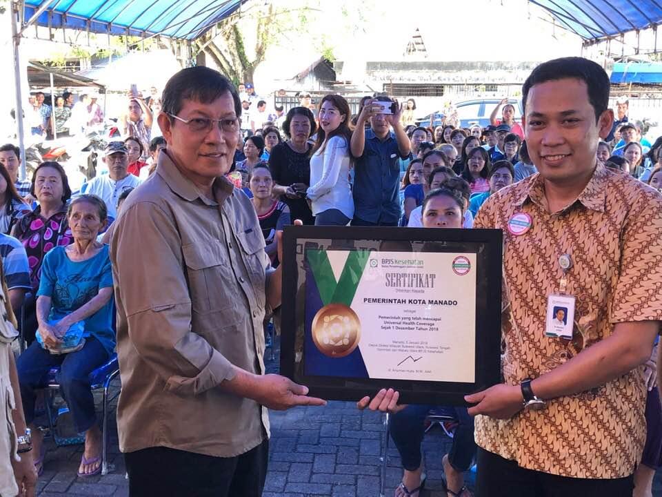 BPJS Kesehatan Cabang Manado , Penghargaan Universal Health Coverage, Penghargaan UHC, GS Vicky Lumentut
