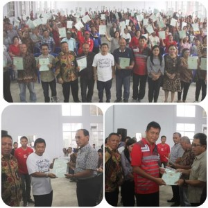 Bupati JS Serahkan Sertifikat Pelaksanaan Pendaftaran Tanah Sistematis Lengkap di Mitra