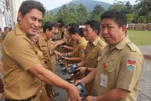Digagas Bupati JS Terapkan e-Kinerja di Semua SKPD, Gubernur Dondokambey