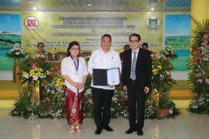 Eman Resmi Sandang Chartered Accountant