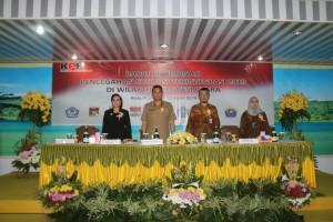 Wali Kota, Wakil Wali Kota  dan KPK-RI saat pembukaan kegiatan