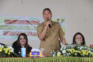 Wali Kota Tomohon Jimmy F Eman SE Ak CA sata berdialog dengan perangkat dan Linmas Tomohon Utara dan Tomohon Selatan